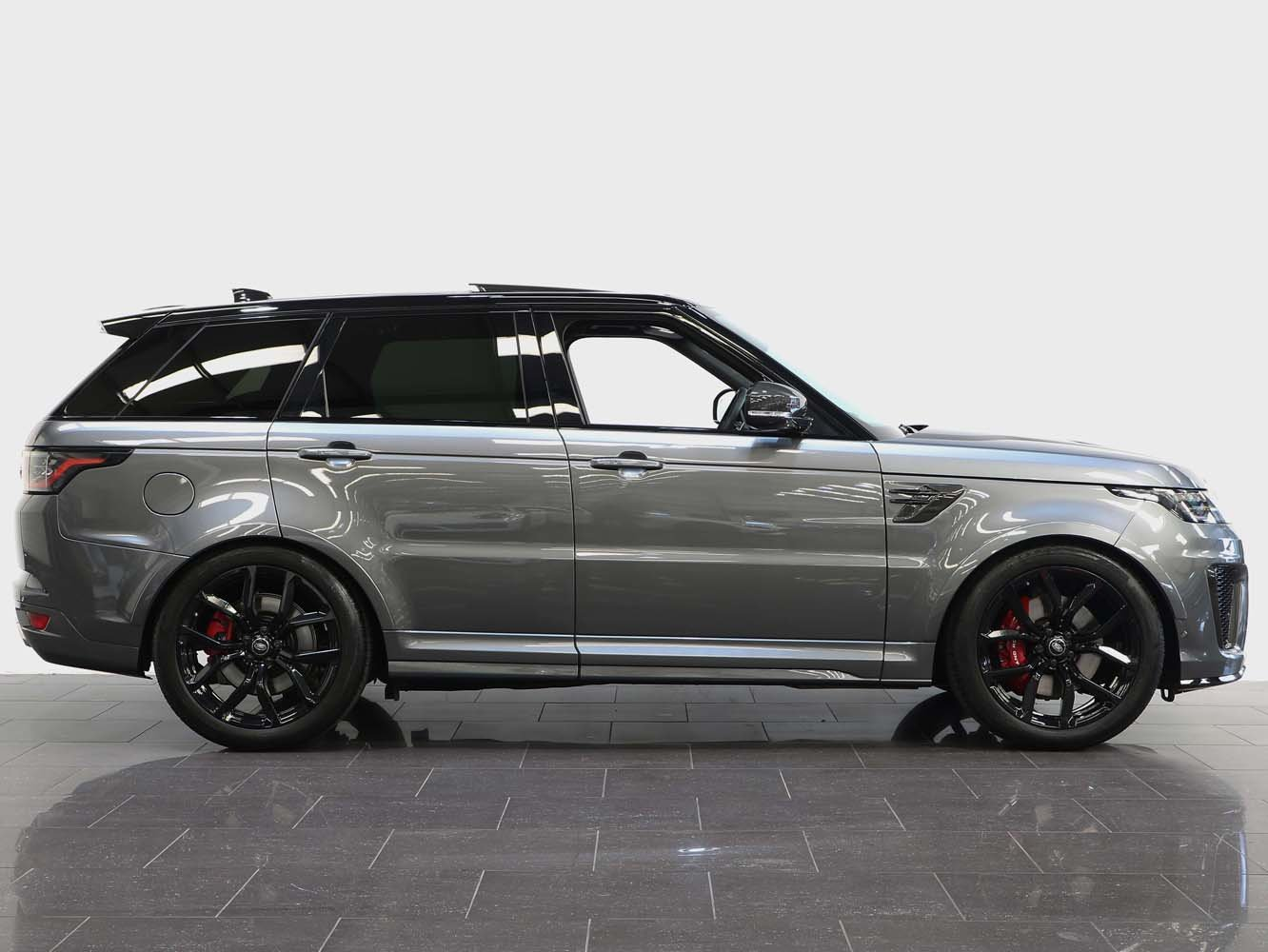 2019 19 RANGE ROVER SPORT SVR 5.0 V8 AUTO For Sale (picture 2 of 6)