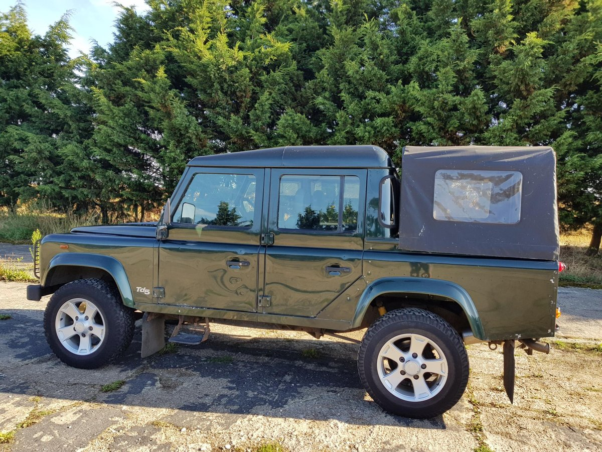 2001 Land Rover Defender 110 DCPU Green For Sale (picture 2 of 6)