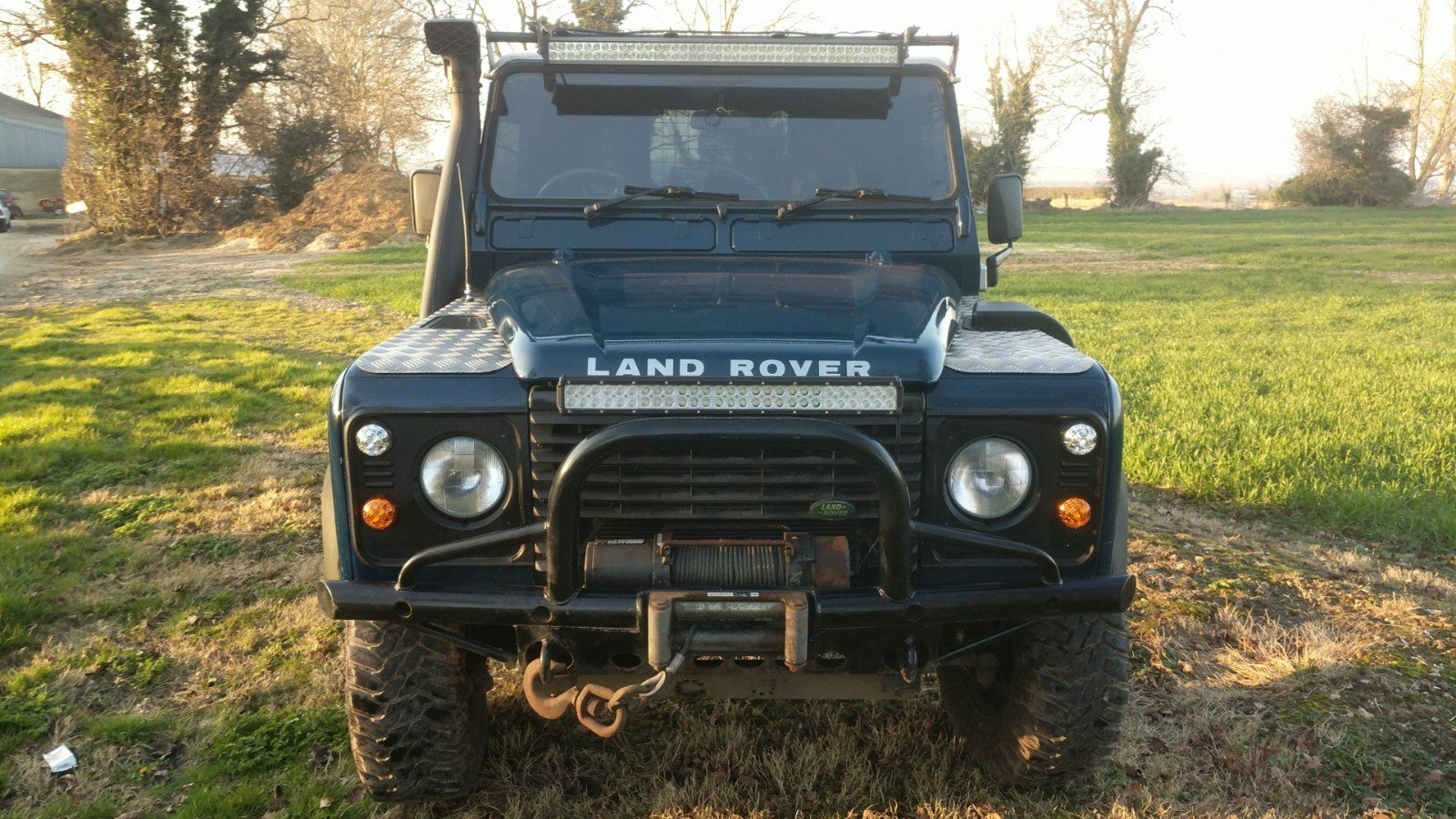 2005 Land Rover Defender 90 Van Imperial Blue For Sale (picture 5 of 6)