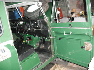 1972 Landrover 88  diesel, 1973, truck cab and canvas. For Sale