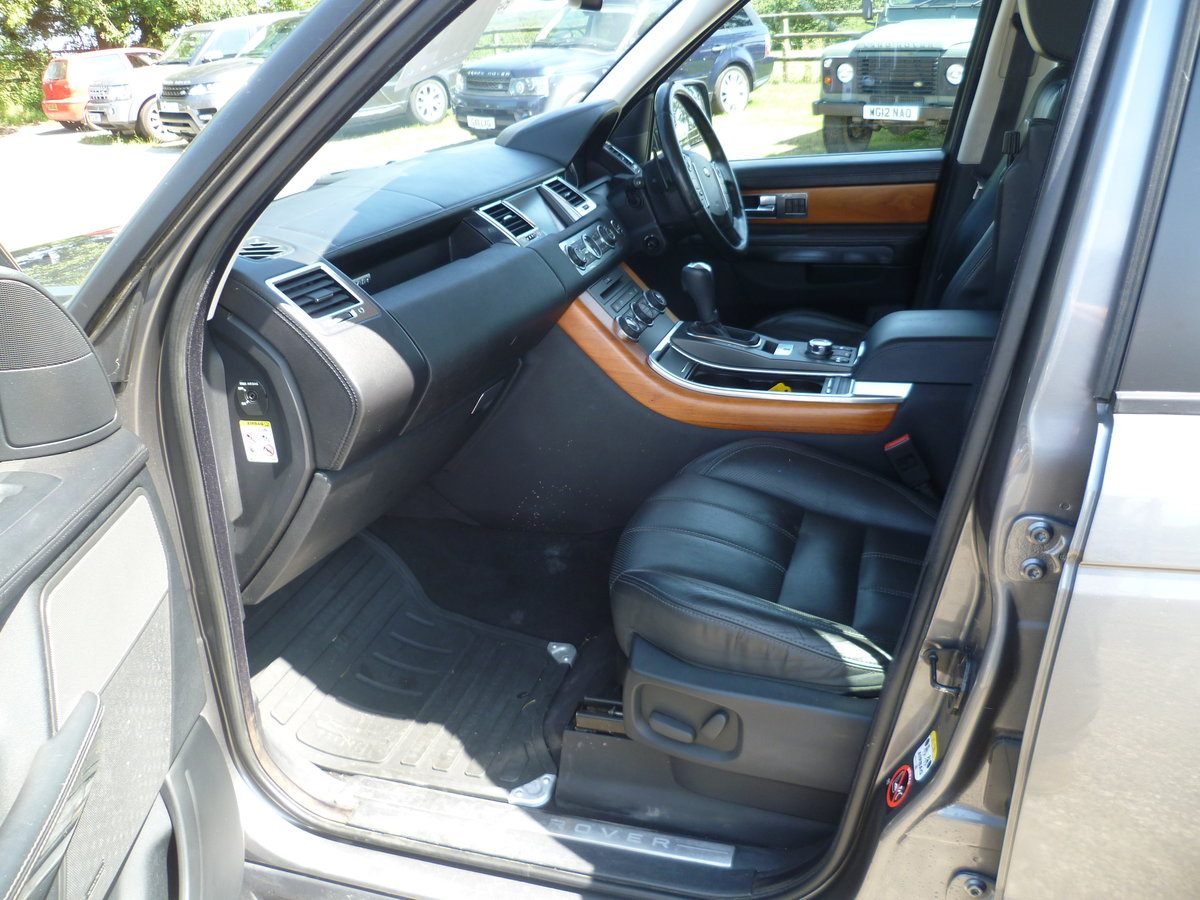 2009 Range Rover Sport 3.0l HSE TDV6 For Sale (picture 6 of 6)