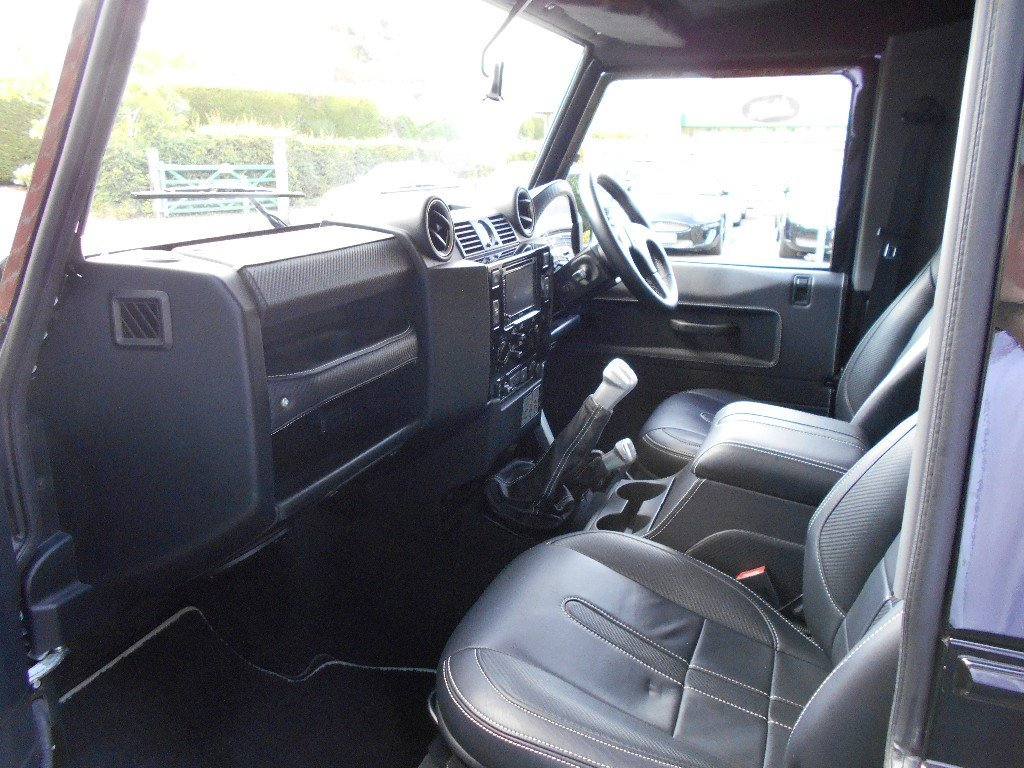 2015 Land Rover Defender 90 TD Overfinch SOLD (picture 4 of 4)