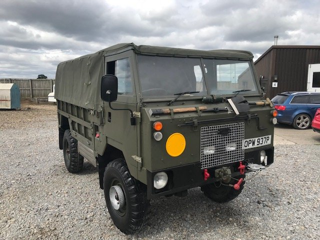 1976 Land Rover® 101 Forward Control RESERVED SOLD (picture 2 of 6)
