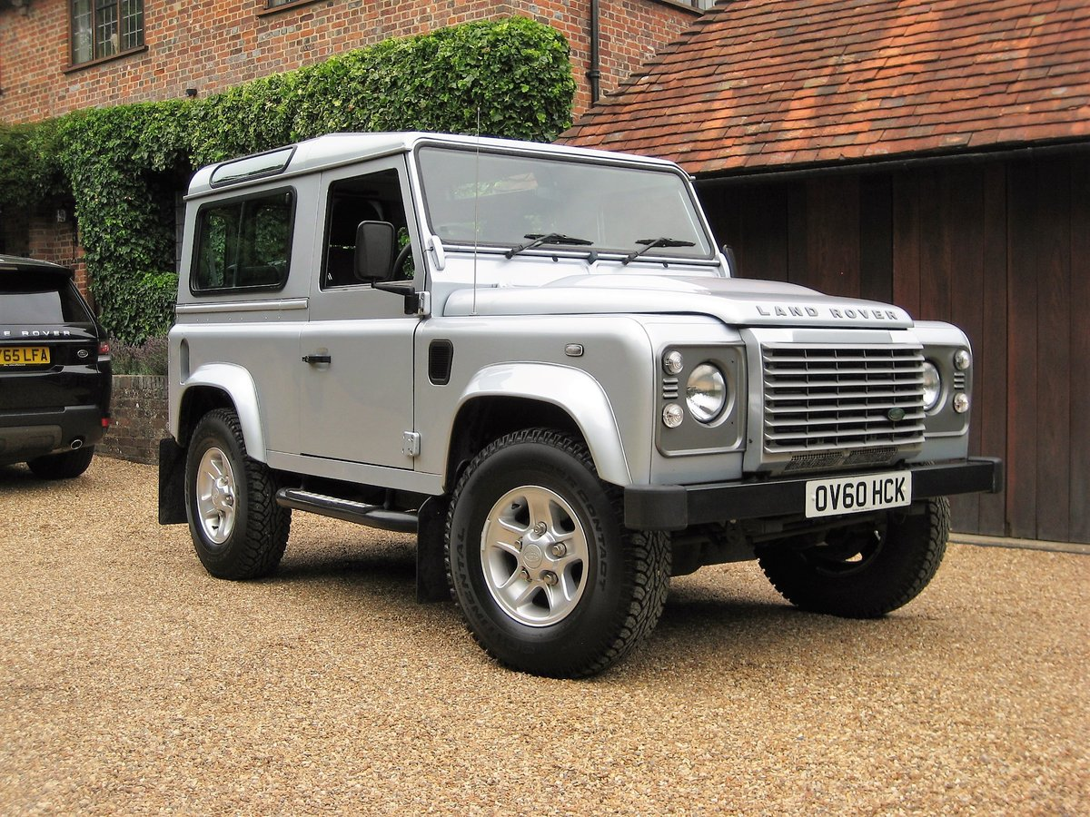 2010 Defender 90 2.4 TDI XS Just 12,000 Miles With 1 Owner For Sale (picture 2 of 6)