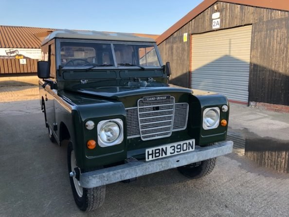 1975 Land Rover ® Series 3 *Galvanised Chassis Rebuild* (HBN) SOLD (picture 2 of 6)