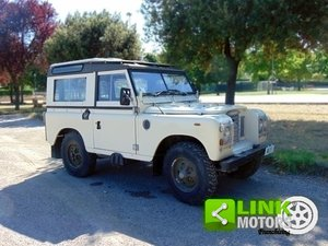 Land Rover Defender 88 HT 366, anno 1983, iscritta ASI, res For Sale