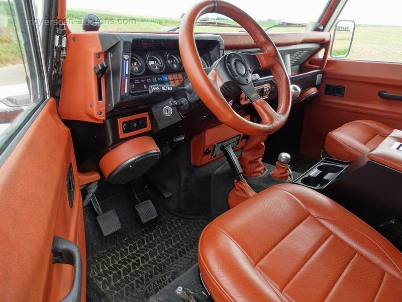 1989 LAND ROVER Defender For Sale by Auction (picture 4 of 6)
