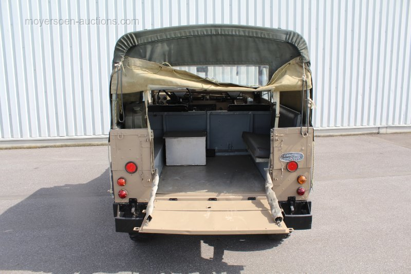 1975 LAND ROVER Series 3 Lightweight For Sale by Auction (picture 4 of 6)