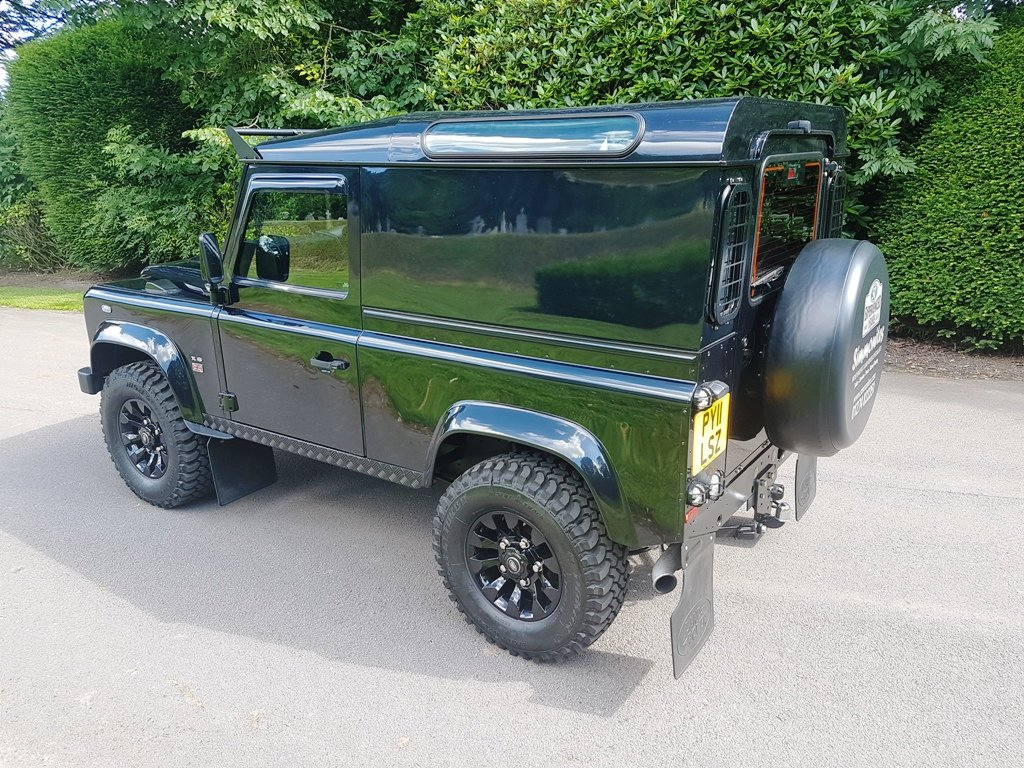 2011 LAND ROVER DEFENDER 90 TDCI COUNTY  For Sale (picture 2 of 6)