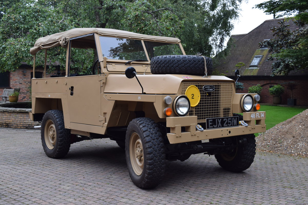 1972 Landrover Lightweight Early model For Sale (picture 1 of 6)