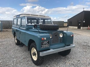 1968 Land Rover ® Series 2a 109 Station Wagon (URC)