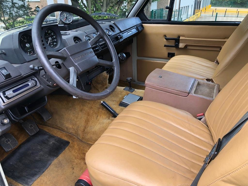 1974 Land Rover Range Rover Classic 3.5 V8 Manual SOLD (picture 5 of 6)