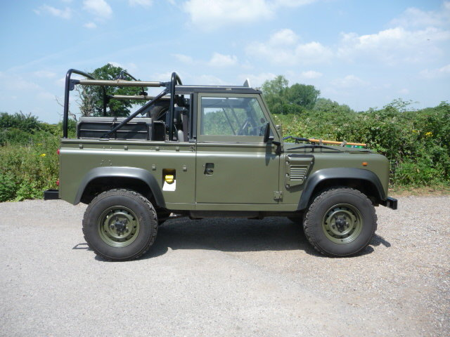 1998 Land Rover Defender Wolf 90 Soft Top genuine  For Sale (picture 4 of 6)