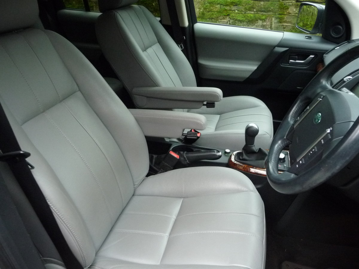 2012 FREELANDER 2 XS – MANUAL – 47,000 MILES For Sale (picture 4 of 6)