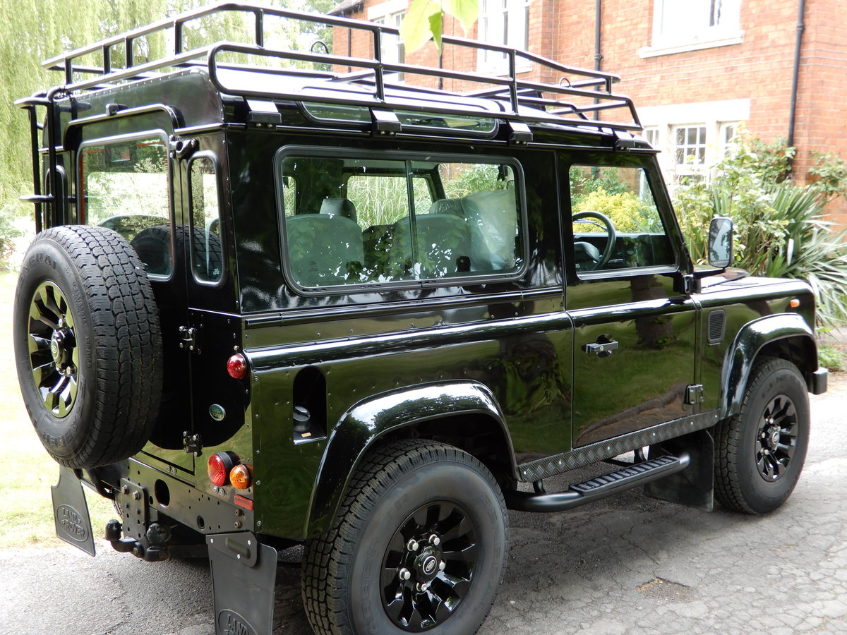 2004  Land Rover Defender 90 Factory CSW For Sale (picture 2 of 6)