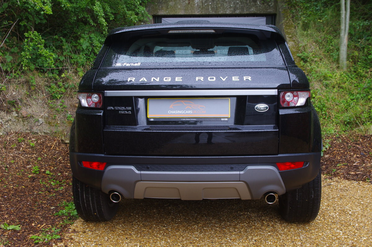 2014 Evoque 2.2 SD4 Pure Tech 5 Dr SUV 1 Owner F.S.H. For Sale (picture 4 of 6)