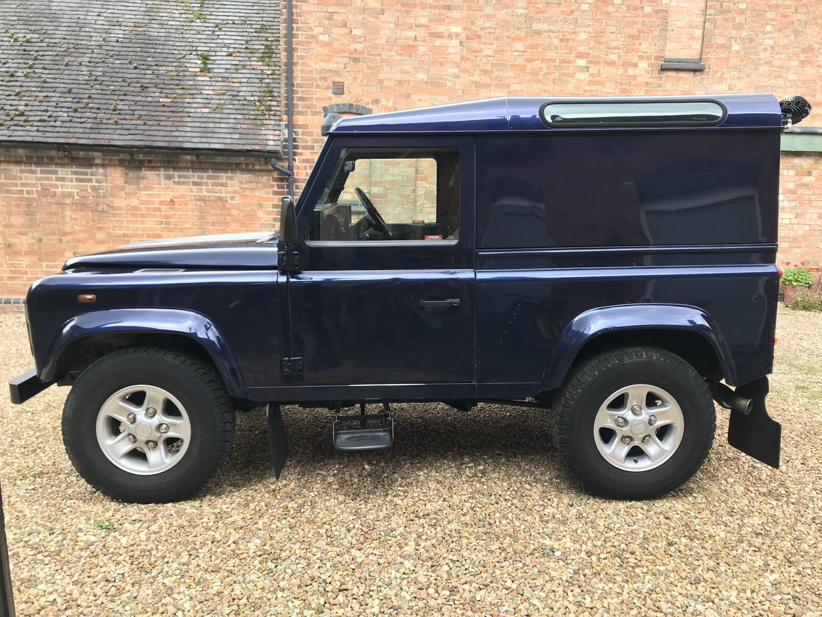 2003 Land Rover Defender 90 Td5 County Pack Hard Top For Sale (picture 2 of 6)