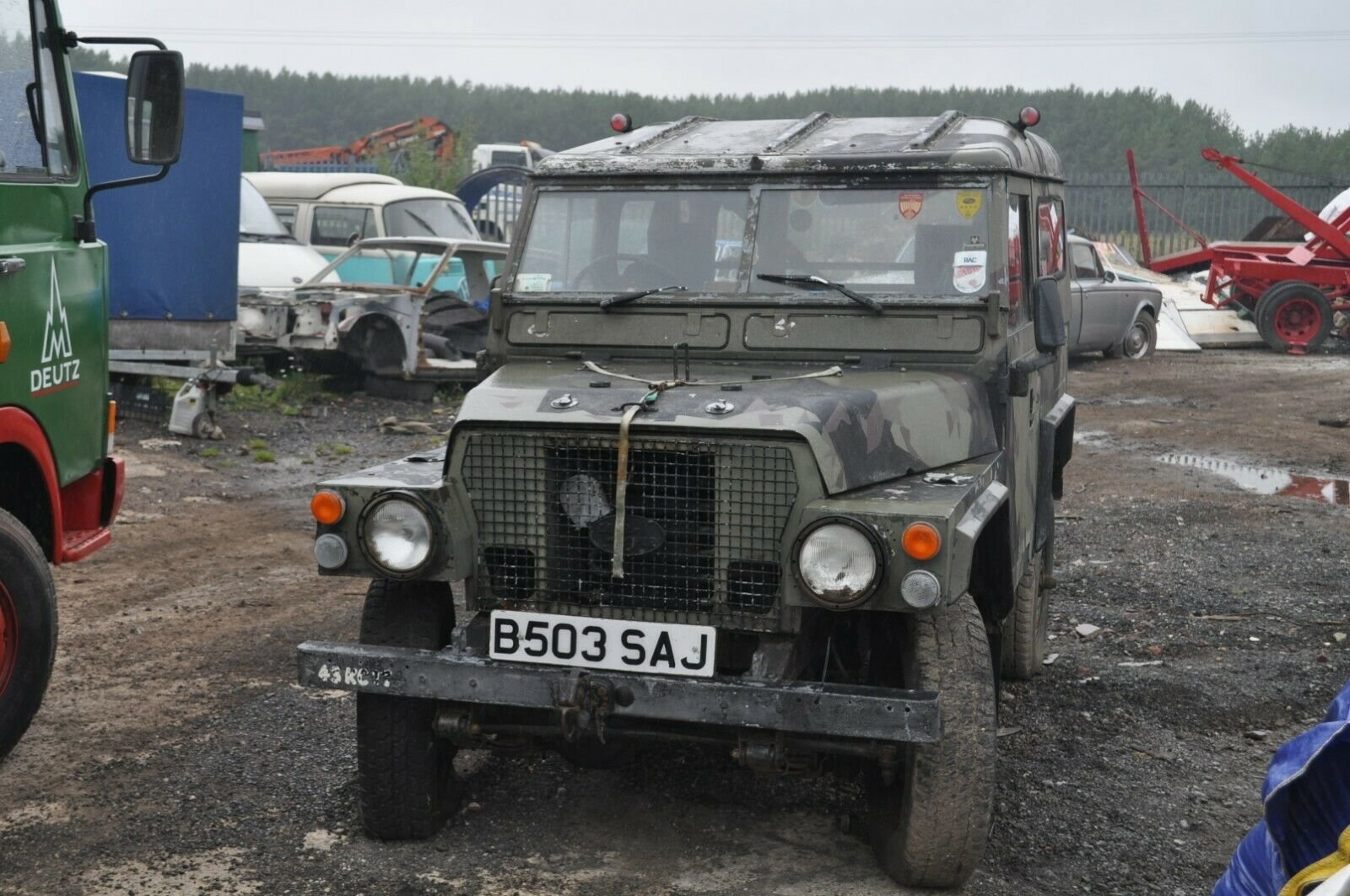 1994 LAND ROVER LIGHTWEIGHT 4X4 UTILITY DEFENDER 90 SERIES 3 SOLD (picture 1 of 6)