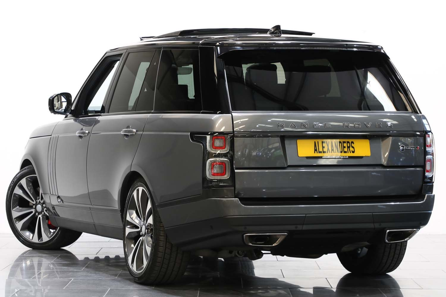 2018 18 68 RANGE ROVER SV AUTOBIOGRAPHY DYNAMIC AUTO For Sale (picture 3 of 6)