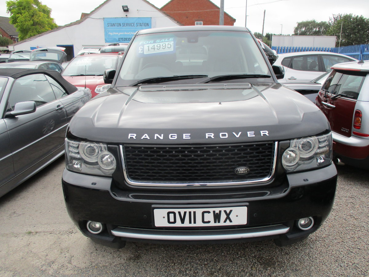 11 PLATE RANG ROVER VOGUE 2011  4.4TD V8 DIESEL 98,600 SMART For Sale (picture 1 of 6)