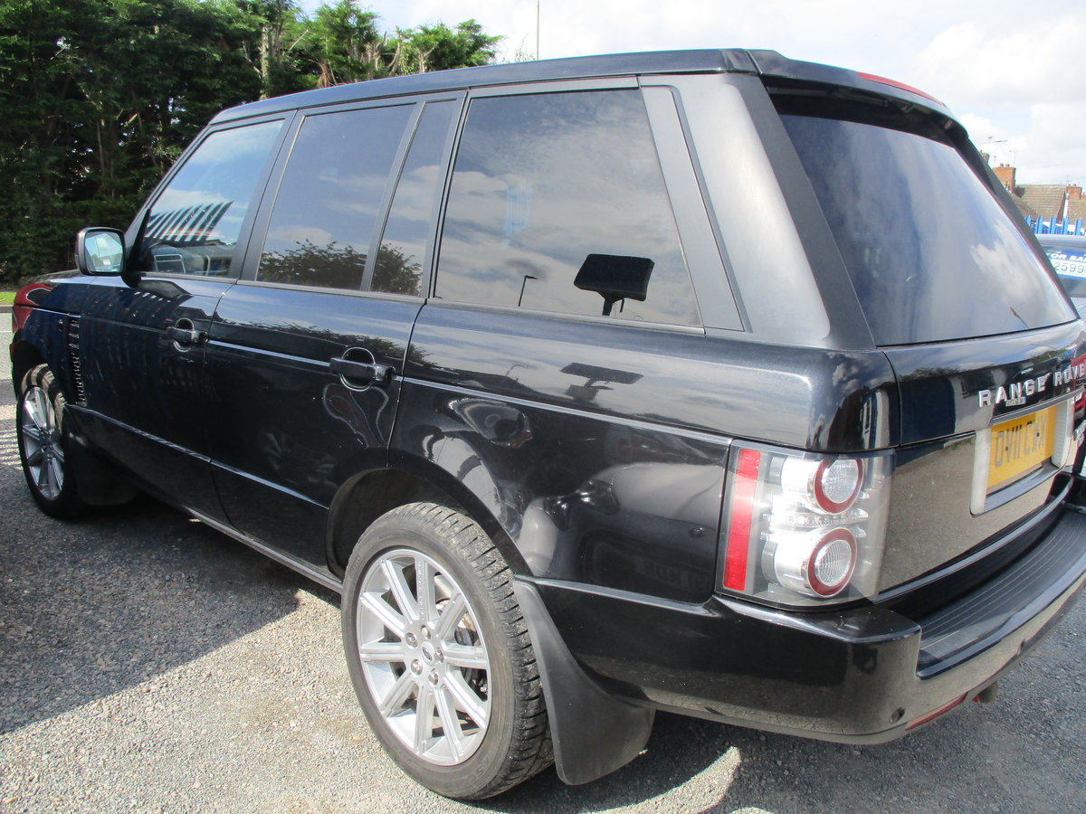 11 PLATE RANG ROVER VOGUE 2011  4.4TD V8 DIESEL 98,600 SMART For Sale (picture 2 of 6)