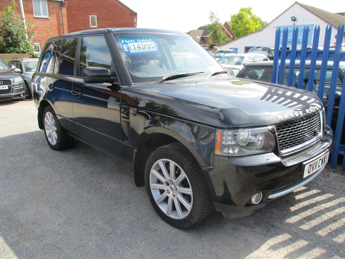 11 PLATE RANG ROVER VOGUE 2011  4.4TD V8 DIESEL 98,600 SMART For Sale (picture 3 of 6)