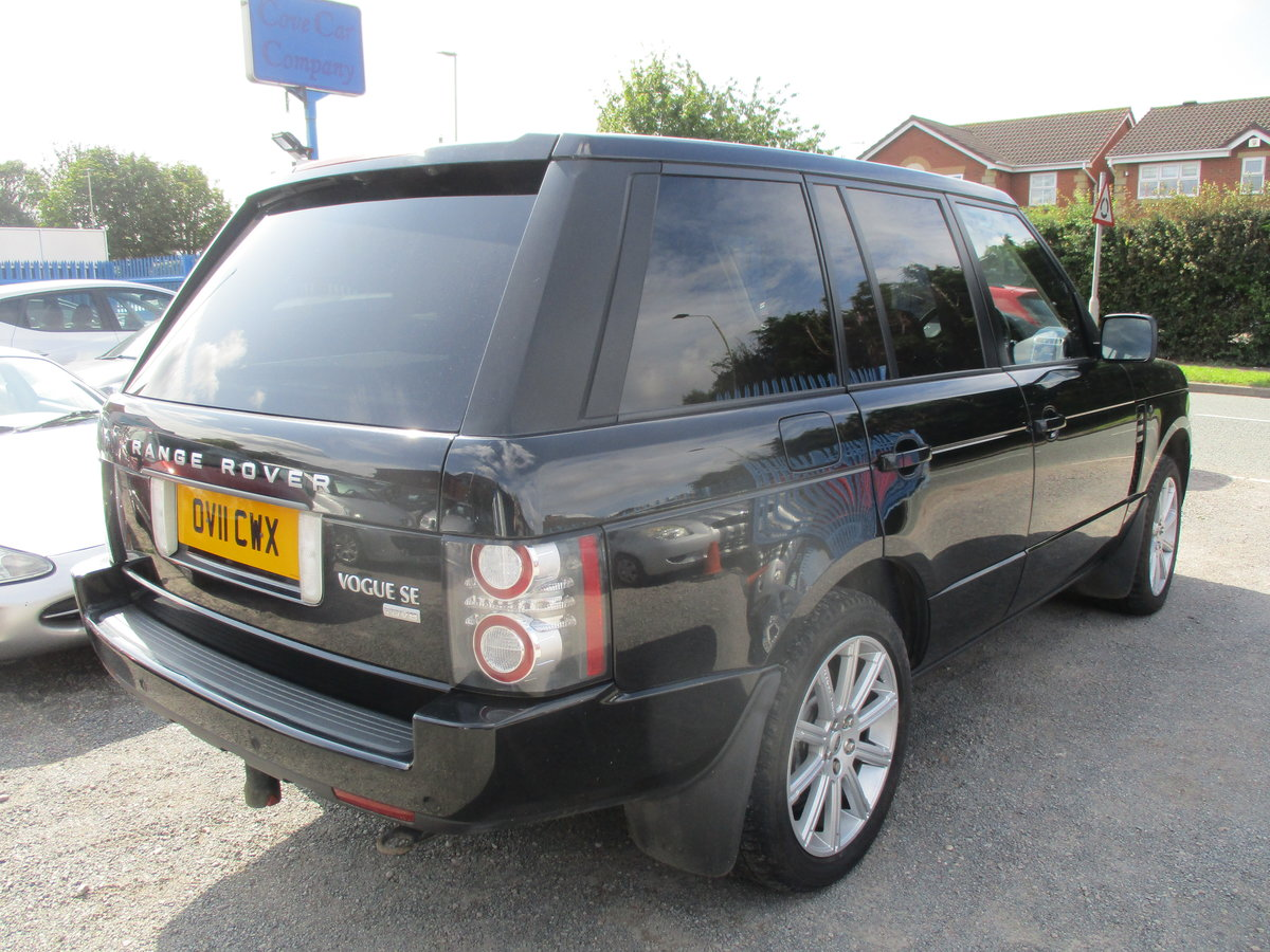 11 PLATE RANG ROVER VOGUE 2011  4.4TD V8 DIESEL 98,600 SMART For Sale (picture 4 of 6)