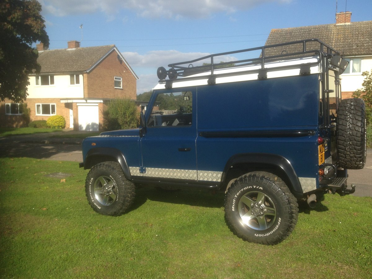 2001 Land Rover Defender 90 TD5 For Sale (picture 1 of 6)