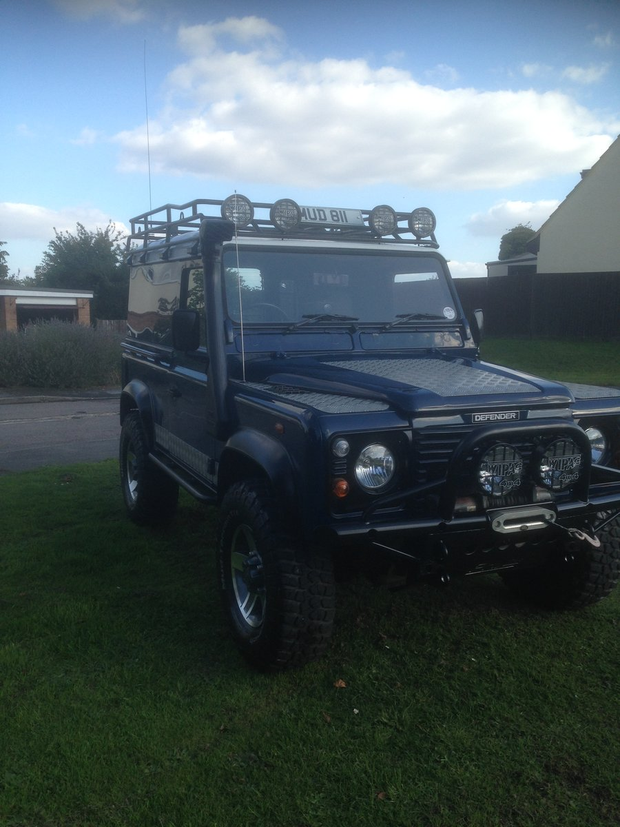 2001 Land Rover Defender 90 TD5 For Sale (picture 3 of 6)