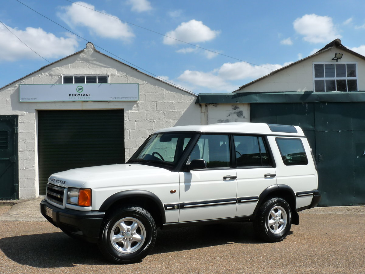 2003 Land Rover Discovery 2 4.0 V8i, three owners For Sale (picture 1 of 6)