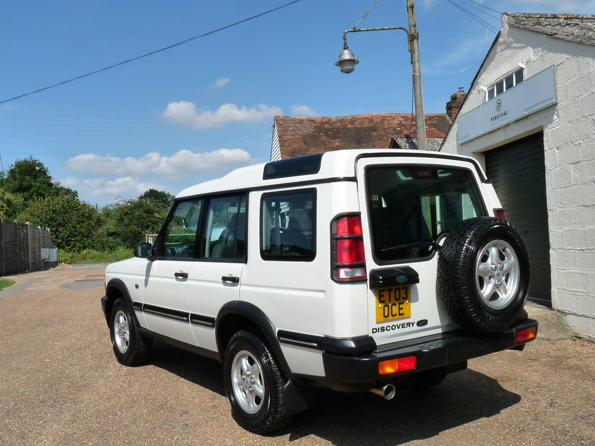 2003 Land Rover Discovery 2 4.0 V8i, three owners For Sale (picture 2 of 6)
