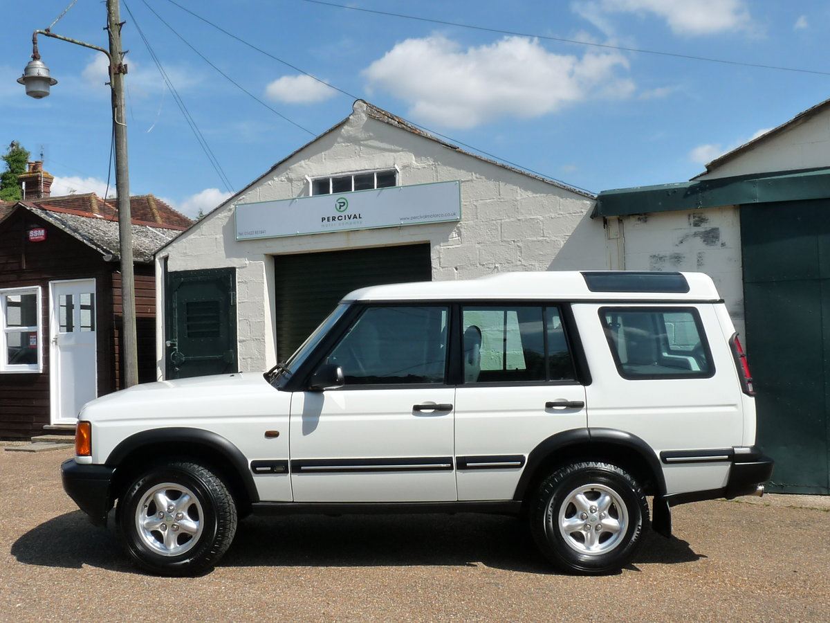 2003 Land Rover Discovery 2 4.0 V8i, three owners For Sale (picture 4 of 6)