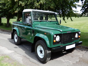 Picture of 2006 Land Rover Defender 90 Truck Cab SOLD