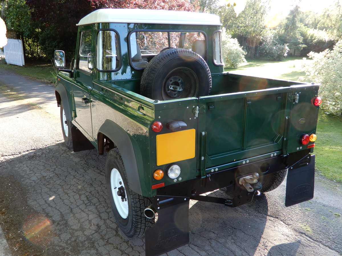 2005 Land Rover Defender 90 Truck Cab SOLD (picture 4 of 6)