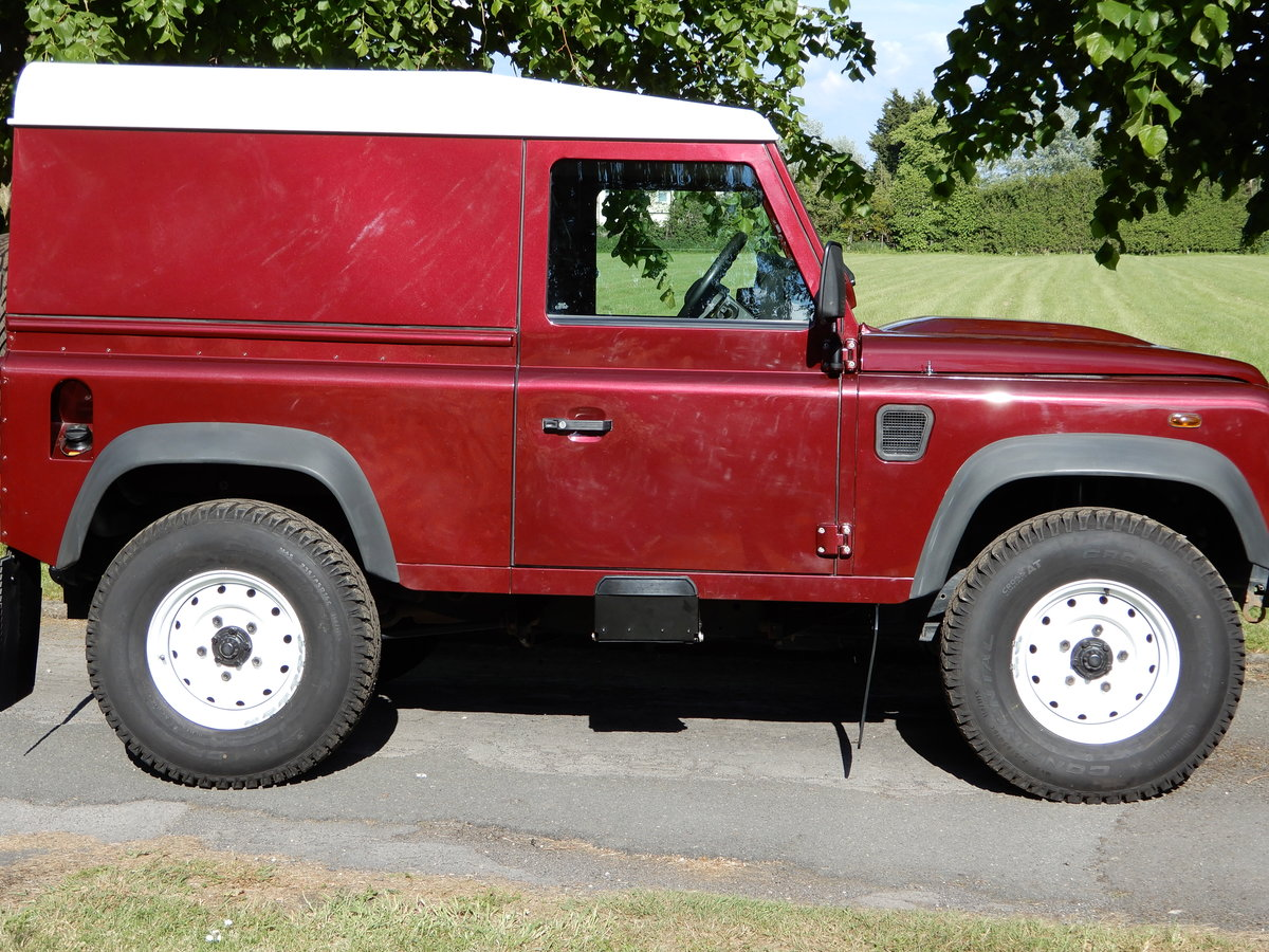 2015 Land Rover Defender 90 Hard Top For Sale (picture 2 of 4)