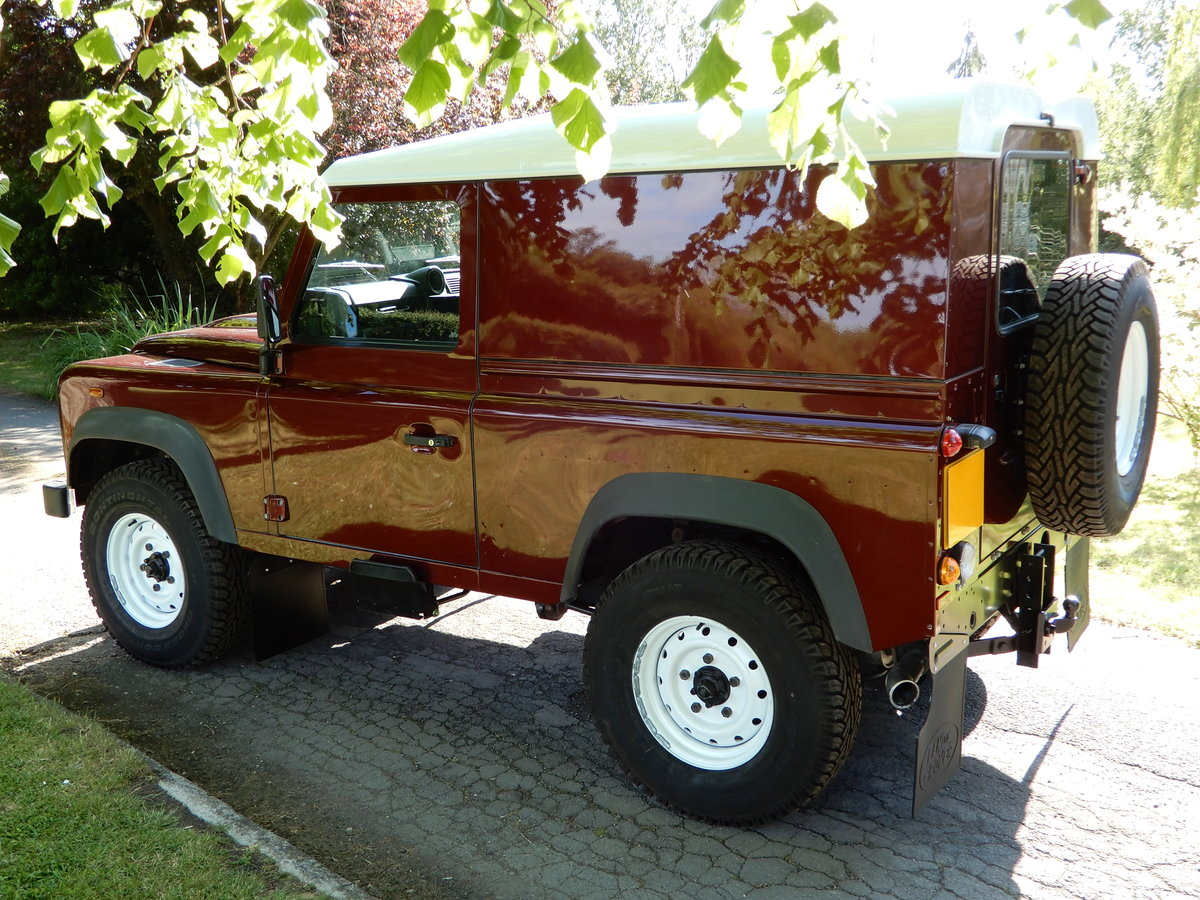 2015 Land Rover Defender 90 Hard Top For Sale (picture 3 of 4)