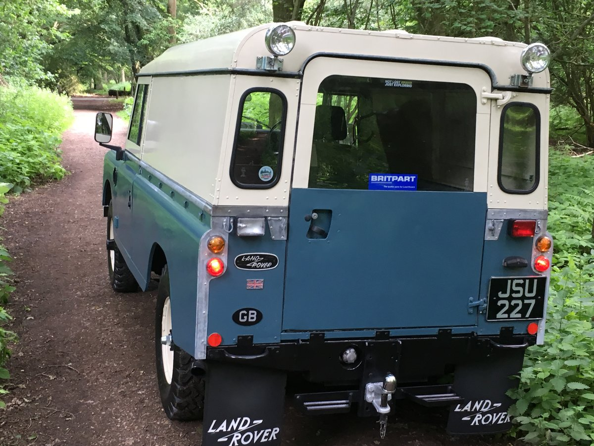 1960 Landrover Series 3 / 109 – 2,286cc Petrol SOLD (picture 2 of 6)