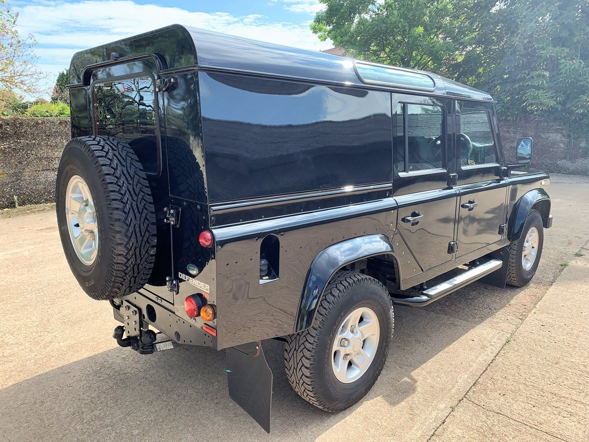 superb 2010 Defender 110 TDCi XS utility wagon+39000m SOLD (picture 6 of 6)