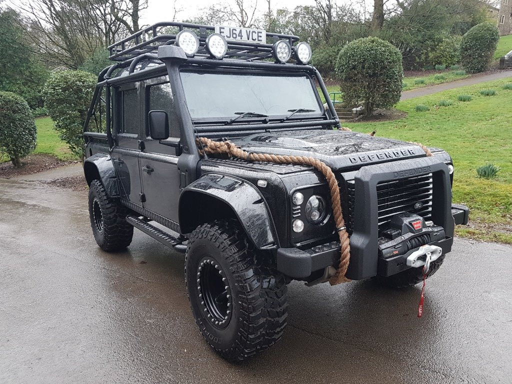 """2015 64 PLATE LAND ROVER DEFENDER """"SPECTRE"""" EDITION For Sale (picture 1 of 6)"""
