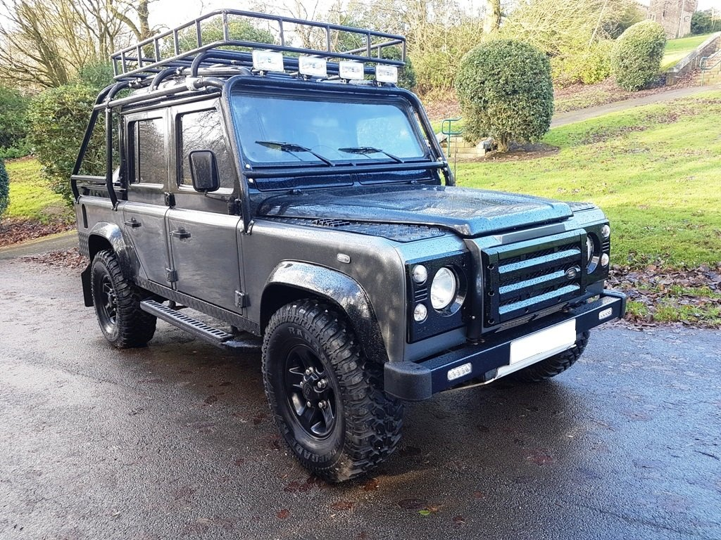 1986 LAND ROVER DEFENDER 300 TDI 110 DOUBLE CAB PICKUP For Sale (picture 1 of 6)