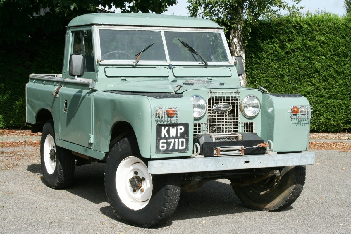 1966 Land Rover Series 2a 88 For Sale (picture 1 of 6)