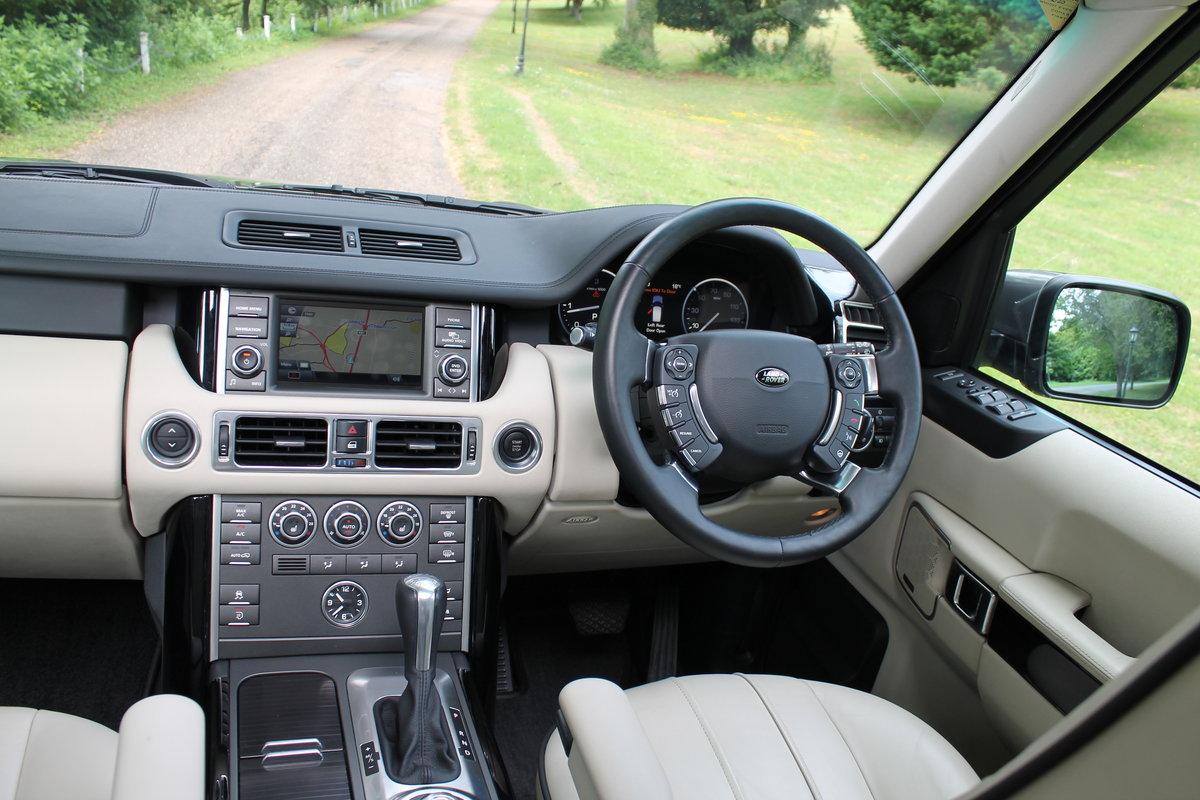 2010 Range Rover Vogue TDV8 facelift For Sale (picture 4 of 6)