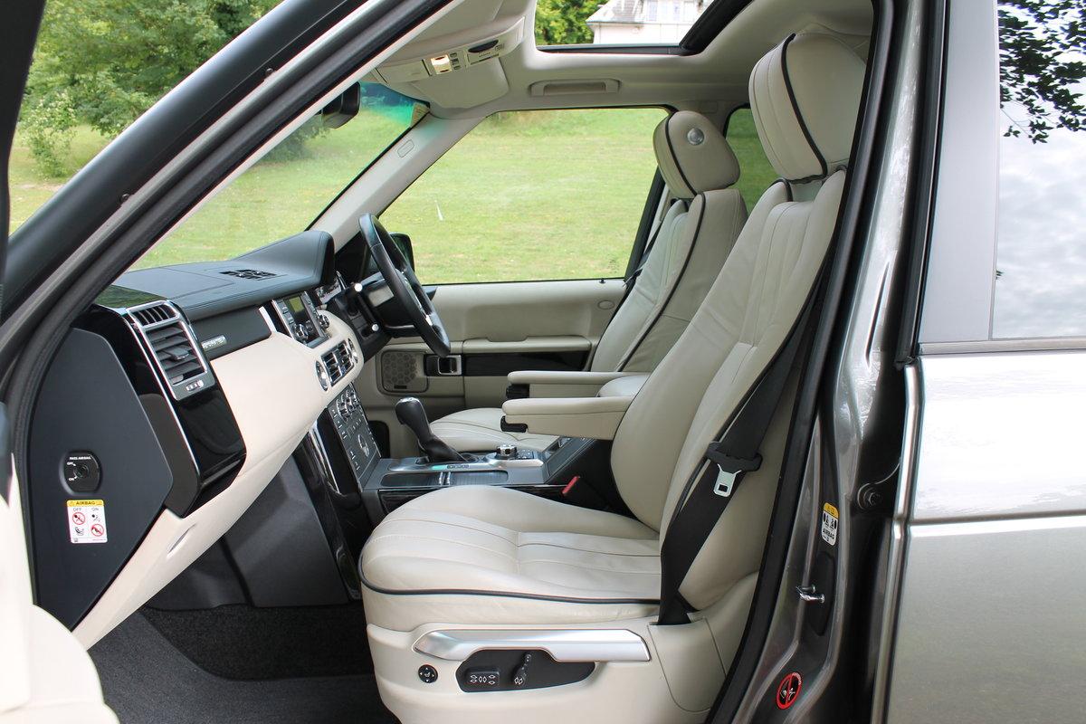 2010 Range Rover Vogue TDV8 facelift For Sale (picture 5 of 6)