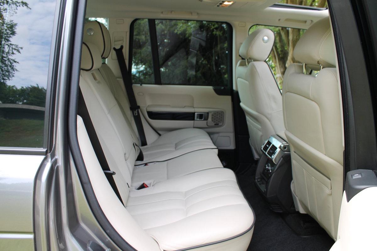 2010 Range Rover Vogue TDV8 facelift For Sale (picture 6 of 6)