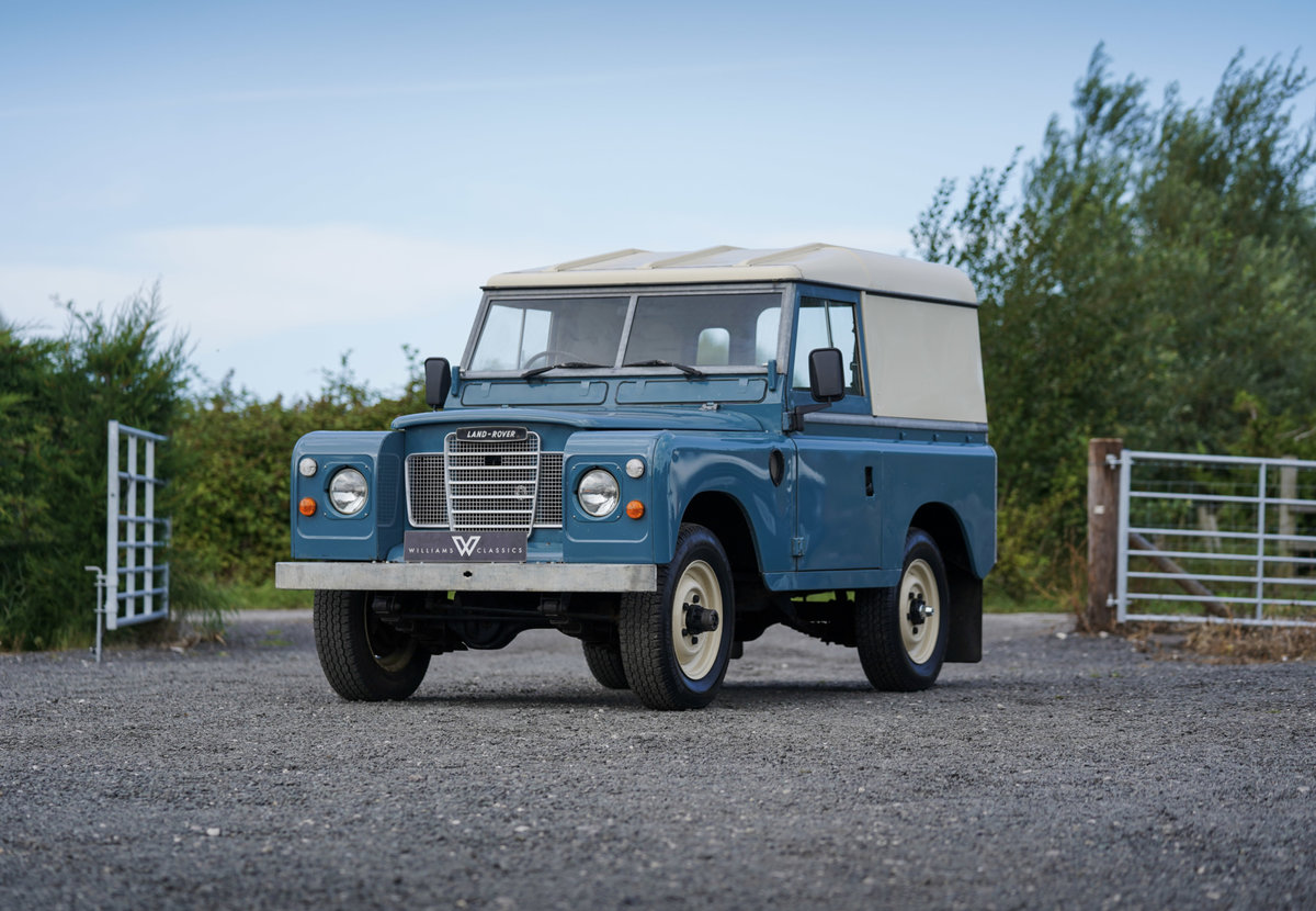 """1983 Land Rover Series 3 88"""" Hardtop 30,000 Miles from New For Sale (picture 2 of 6)"""