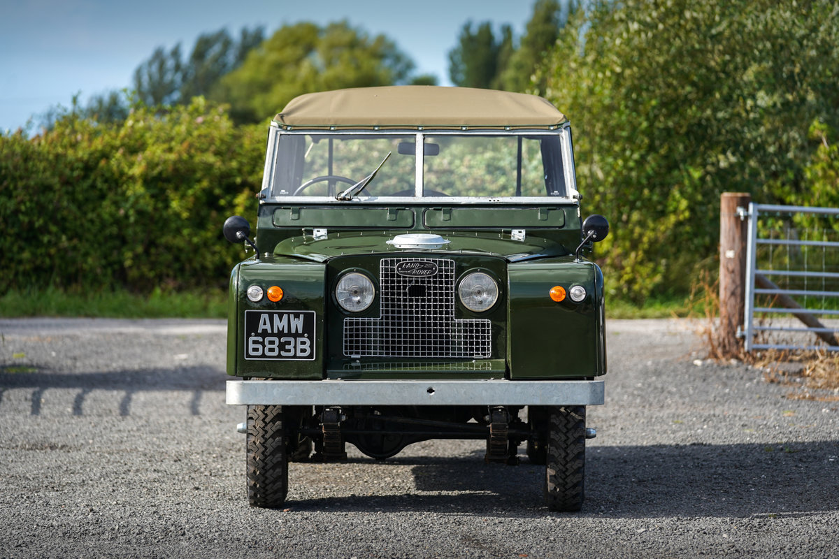 """Land Rover Series 2a 88"""" Softop 1964 Nut & Bolt Restoration  For Sale (picture 2 of 6)"""