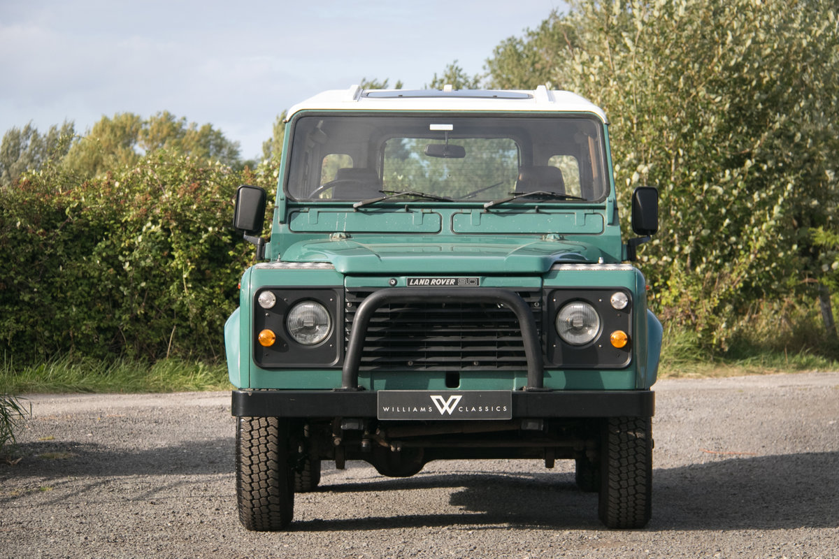 Land Rover 90 Defender Station Wagon 1985 Original Condition For Sale (picture 2 of 6)