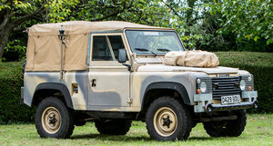 ex-SAS British Army, 1986 LAND ROVER DEFENDER 90 V8 CANVAS  For Sale by Auction