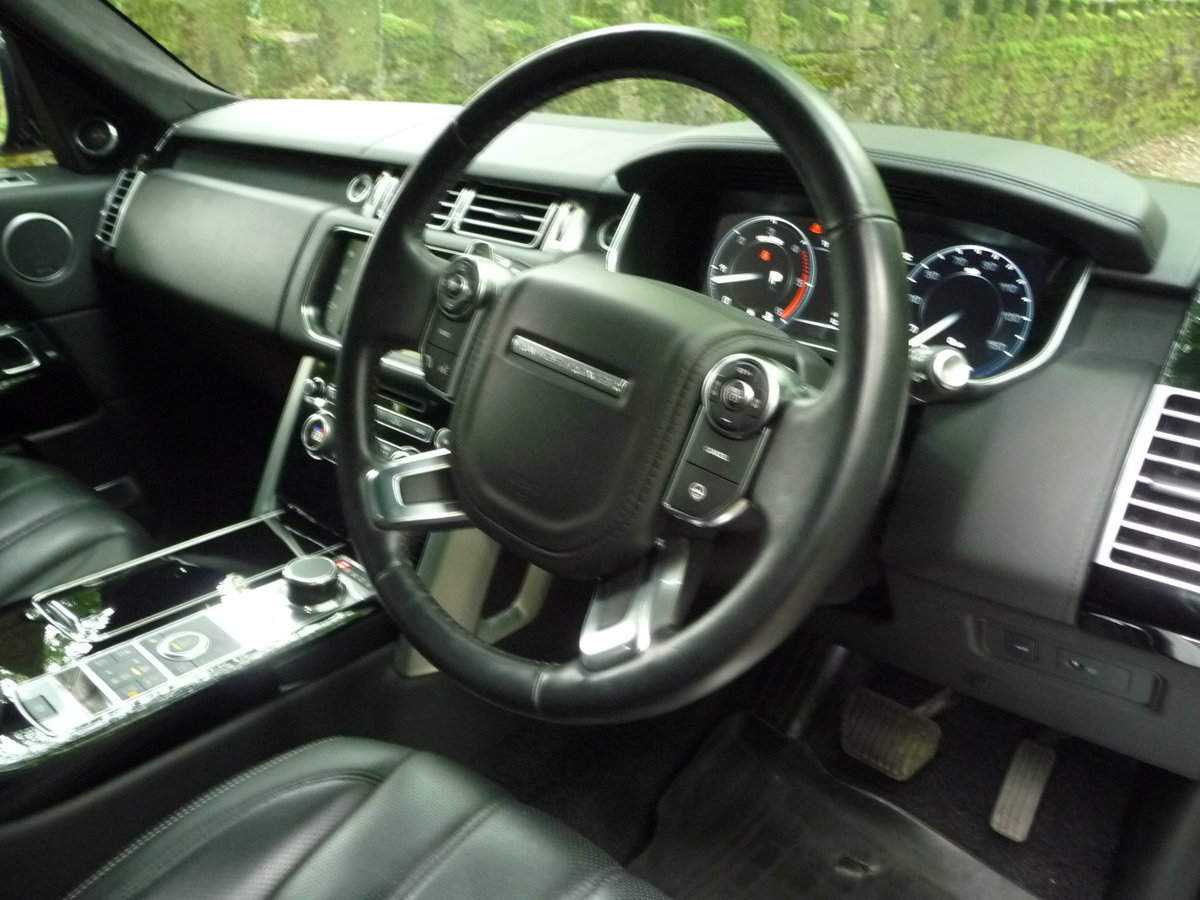 2016 RANGE ROVER 4.4 DIESEL AUTOBIOGRAPHY For Sale (picture 4 of 10)