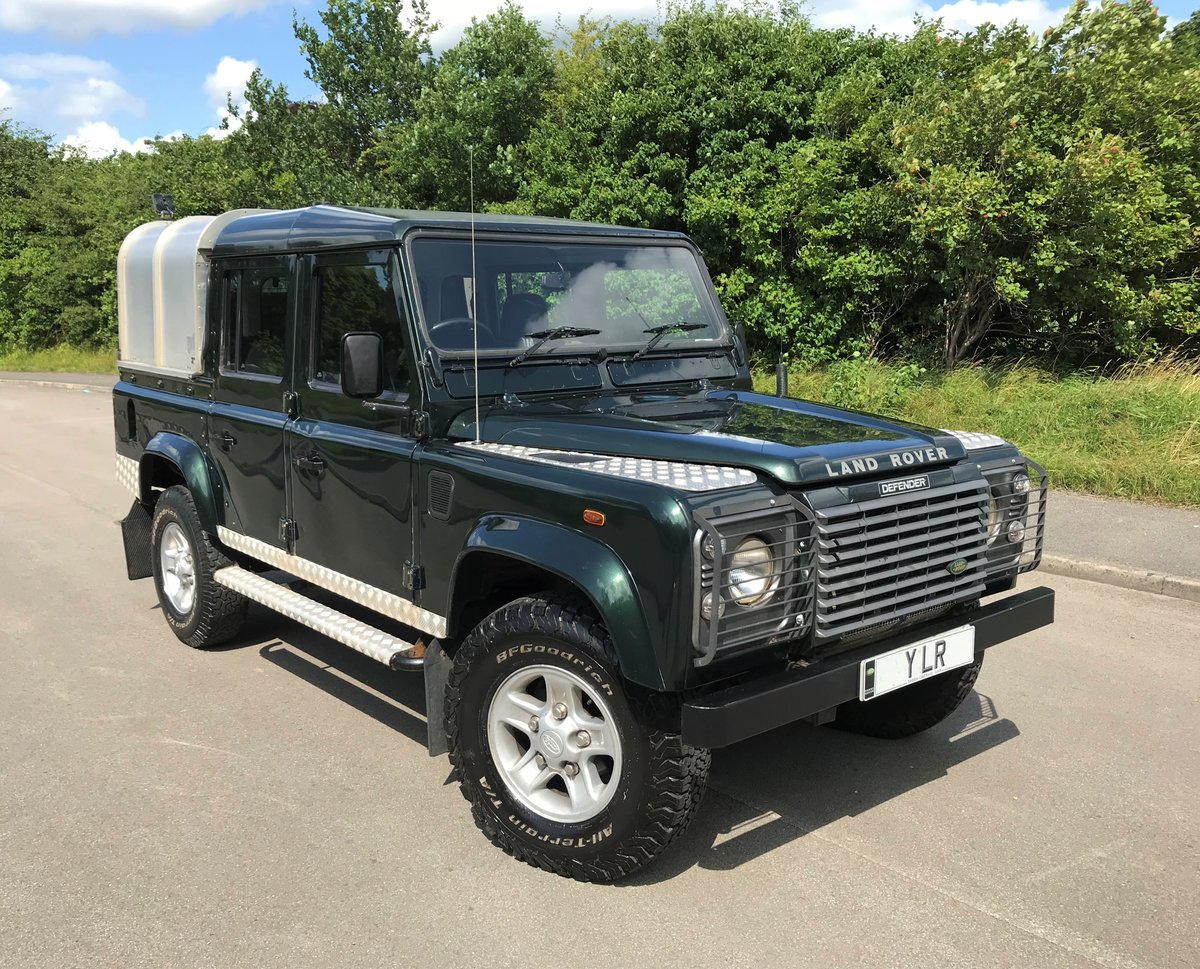 2004 DEFENDER 110 DOUBLE CAB XS Td5  *TOP OF THE RANGE MODEL* For Sale (picture 1 of 6)